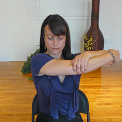 9_office-yoga-upper-back-stretch